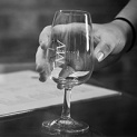 wineglass-thumb